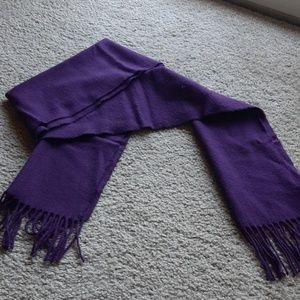 Enzo Angiolini cashmere scarf